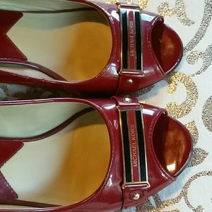 RED LEATHER HEELS 9 M sz